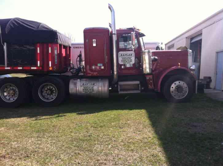 Peterbilt 359 1984 Sleeper Semi Trucks