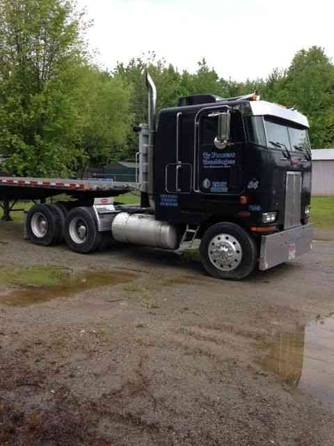 Peterbilt 362 1984 Sleeper Semi Trucks