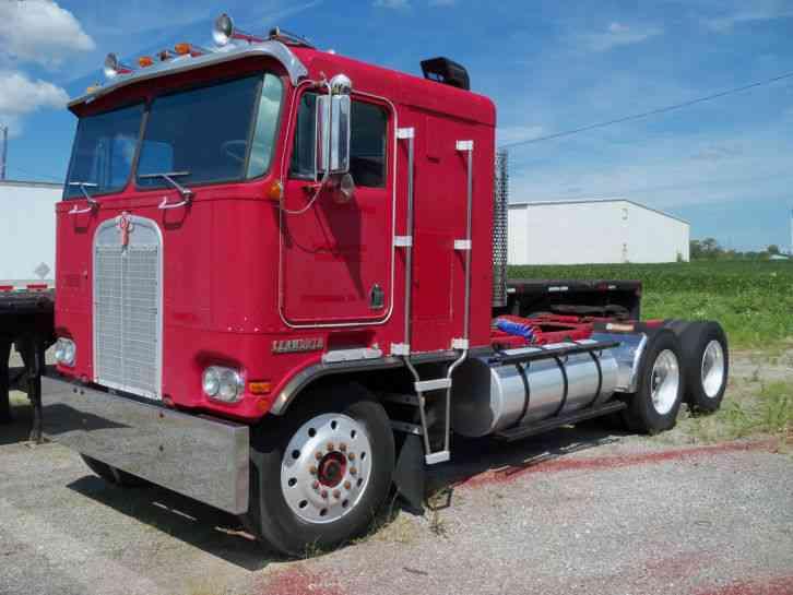 Kenworth 100E (1985) : Sleeper Semi Trucks