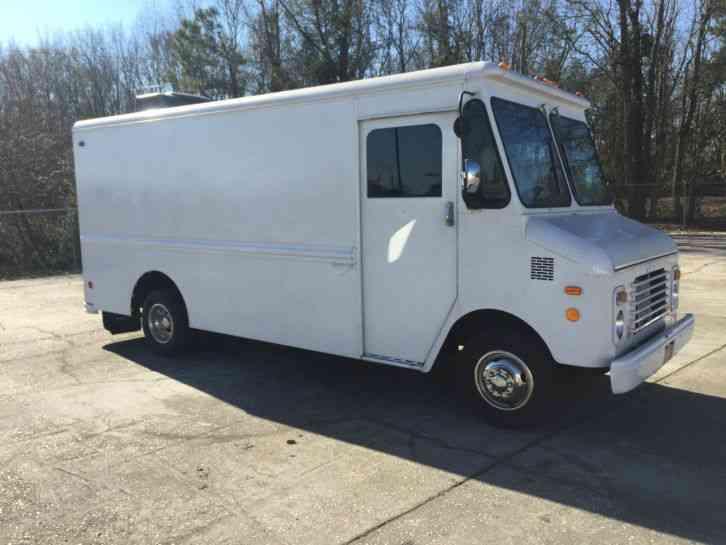 Chevrolet Grumman Box Delivery Van 1985 Van Box Trucks