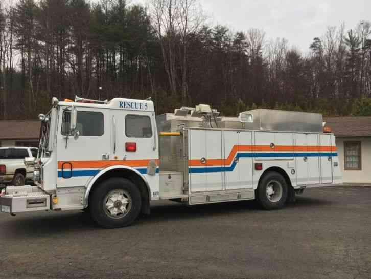 1985 Mack Truck : Mack emergency fire trucks