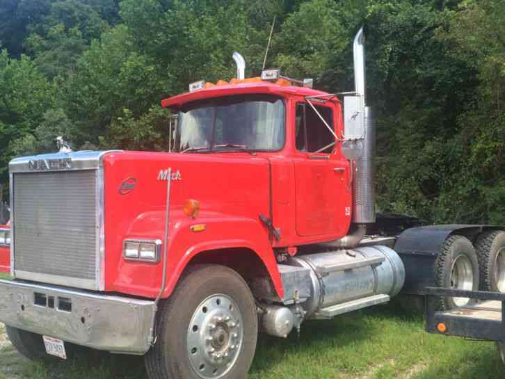 Used Tractor Tires For Sale >> Mack Superliner (1985) : Heavy Duty Trucks