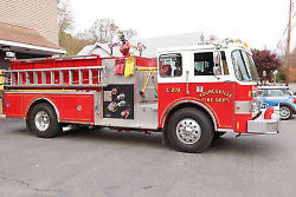 Pierce  1985    Emergency  U0026 Fire Trucks