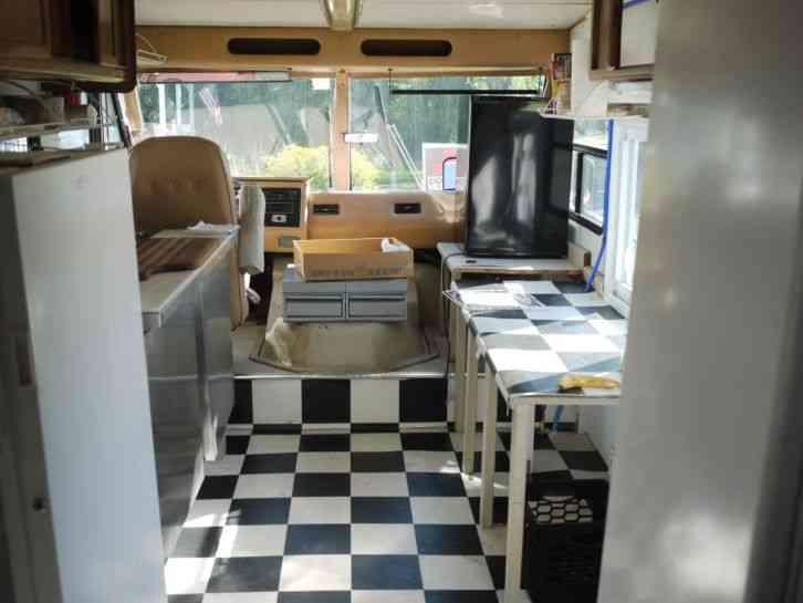 Georgie Boy Cruise Air Ii 1986 Utility Service Trucks