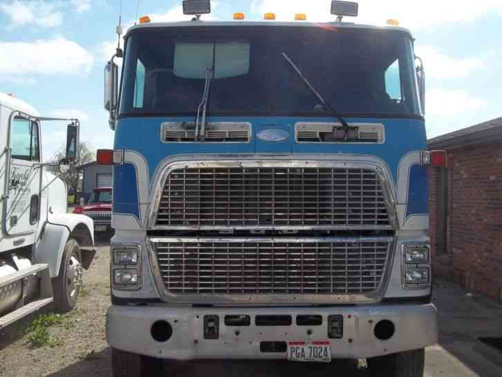 Used Semi Trucks For Sale In Ohio >> Ford CL9000 (1988) : Sleeper Semi Trucks