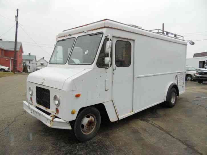 FORD E-350 STEP VAN BOX TRUCK UTILITY BODY (1988)