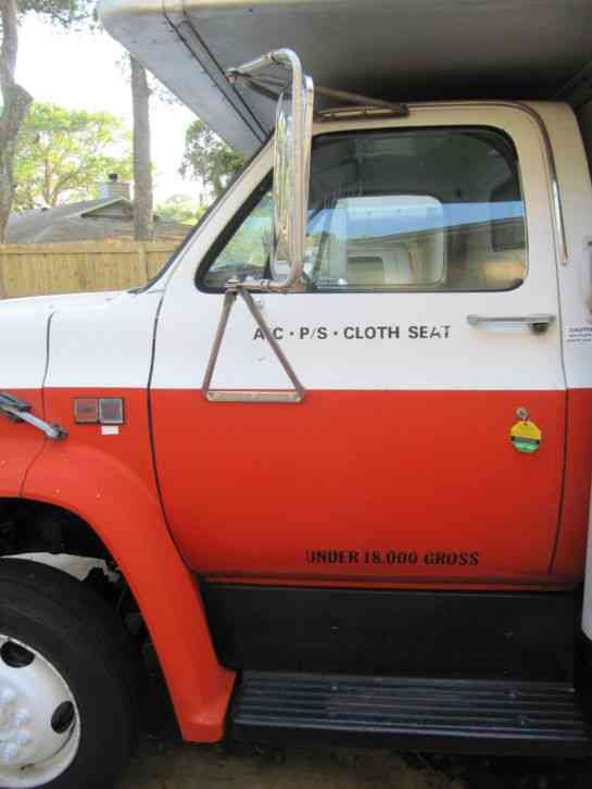 GMC C6000 (1988) : Van / Box Trucks