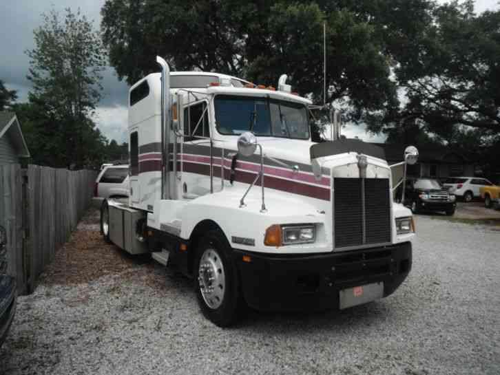 Kenworth T600a 1989 Sleeper Semi Trucks