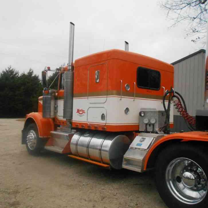 Kenworth W900b 1989 Sleeper Semi Trucks