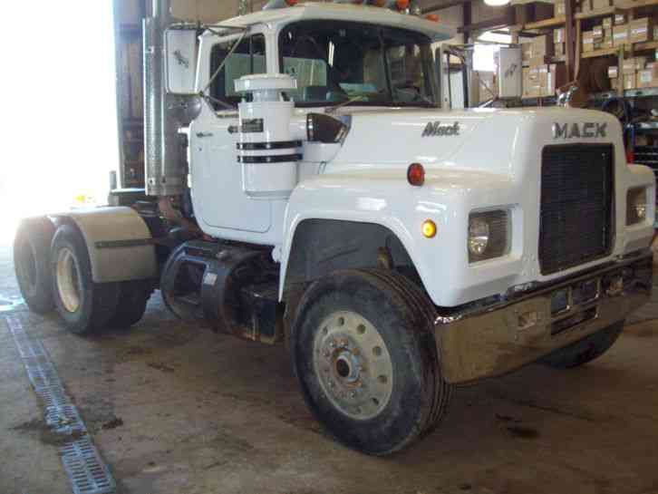 Pictures Of R Model Mack Truck For Sale