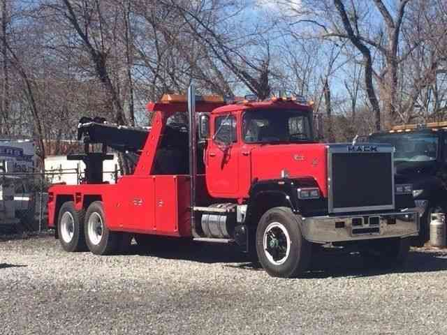 Mack Superliner (1989) : Wreckers