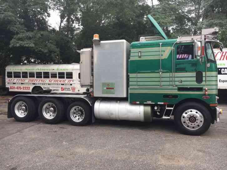 Jim Click Used Cars >> Peterbilt 362 (1989) : Sleeper Semi Trucks