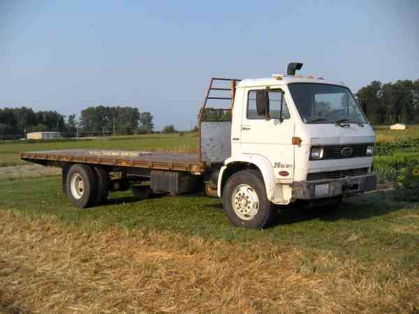 Tri Axle Cabover : Ford ltl heavy duty trucks