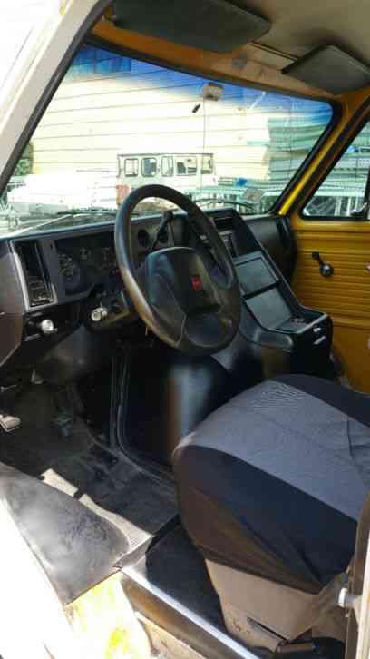 GMC G3500 (1992) : Bucket / Boom Trucks