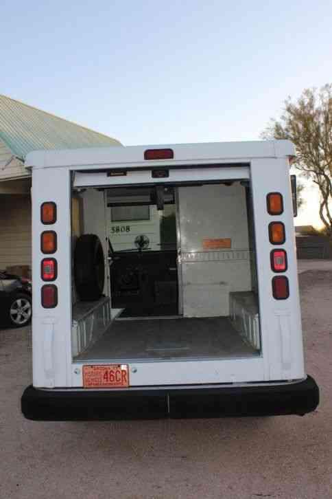 Chevrolet 1992 Van Box Trucks