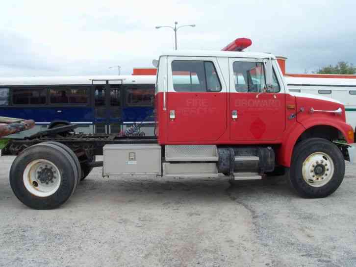 International 4900 (1992) : Daycab Semi Trucks