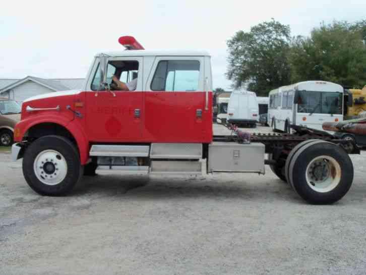 International 4900 1992 Daycab Semi Trucks