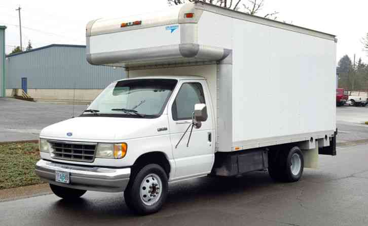 Ford E350 1993 Van Box Trucks