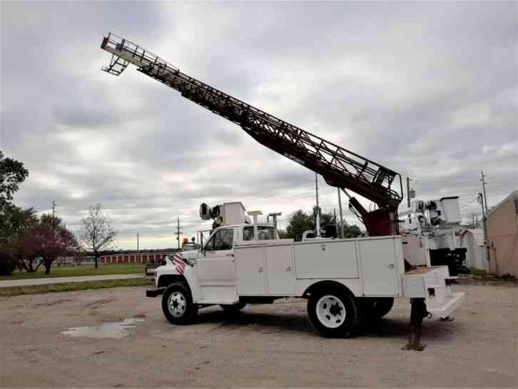 Ford F-700 Aerial Ladder Truck (1993)