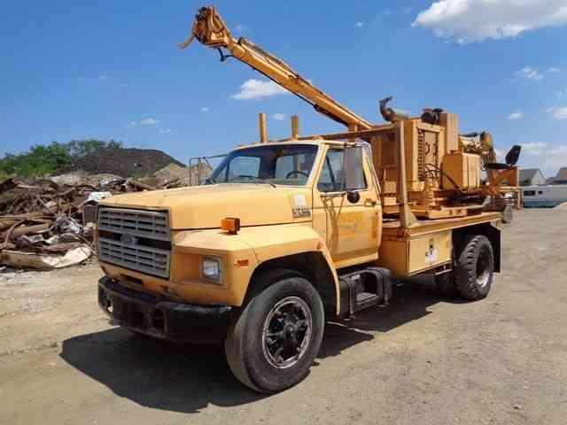 1993 Ford F700 dump truck | Item E7032 | SOLD! February 28 C...