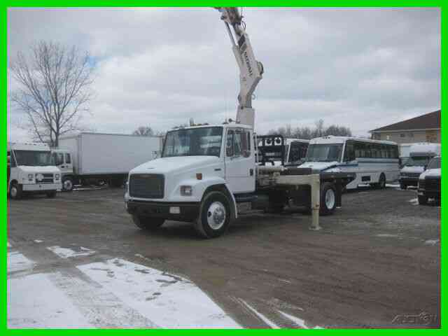 FREIGHTLINER FL70 8. 3L CUMMINS 210HP 9 SPEED EATON WITH 14FT FLAT WITH WINCH WITH NATIONAL 95/36 CRAN (1993)