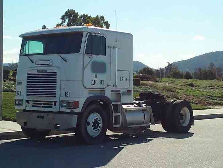 Freightliner FLB (1994) : Sleeper Semi Trucks