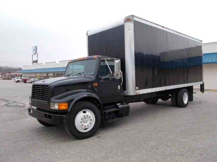 International 4700 1994 Van Box Trucks