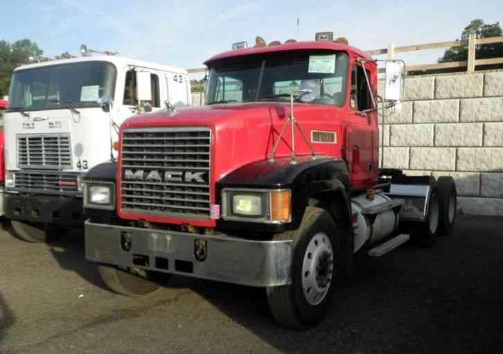 mack ch613  1994    daycab semi trucks