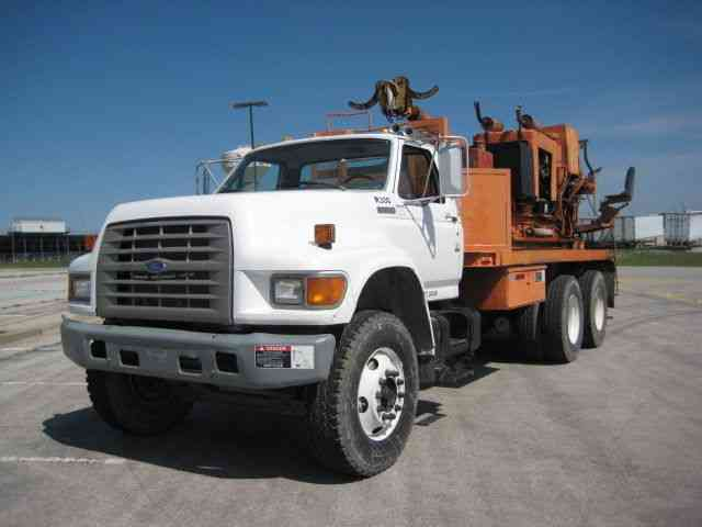 ford f series 900 1995 bucket boom trucks. Black Bedroom Furniture Sets. Home Design Ideas