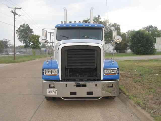 Freightliner 1995 Sleeper Semi Trucks