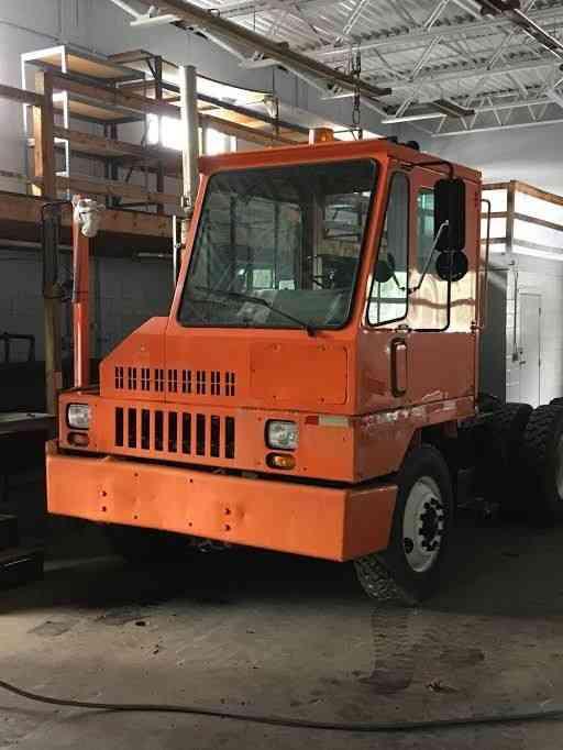Tow Truck Ottawa >> Ottawa (1995) : Daycab Semi Trucks