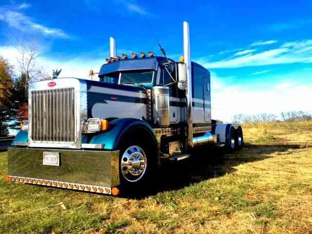 Peterbilt 379 Extended Hood (1995) : Sleeper Semi Trucks