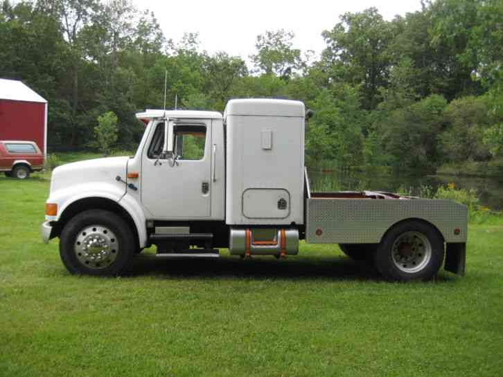 International 4700 1996 Commercial Pickups