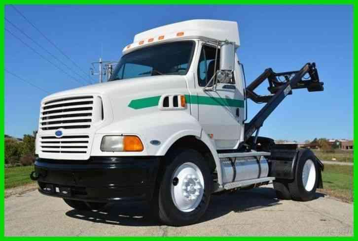 Ford Aeromax Truck / Tractor (1997) : Daycab Semi Trucks