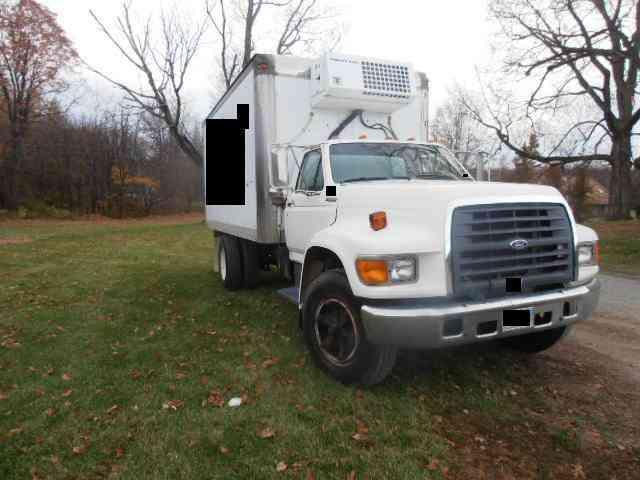 Ford 1997 Van Box Trucks