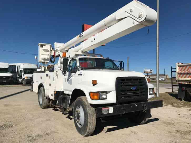 Articulating Boom Truck : Ford f medium trucks