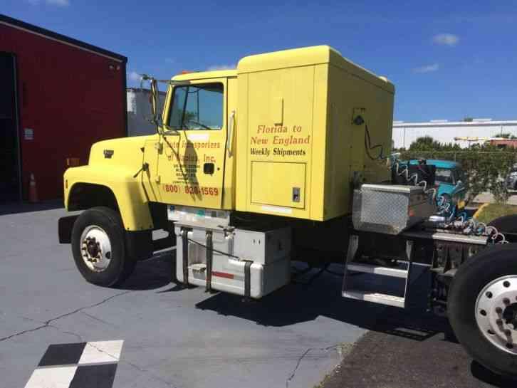 ford l9000 1997 sleeper semi trucks rh jingletruck com 1995 Ford L9000 Aeromax Ford L9000 Interior
