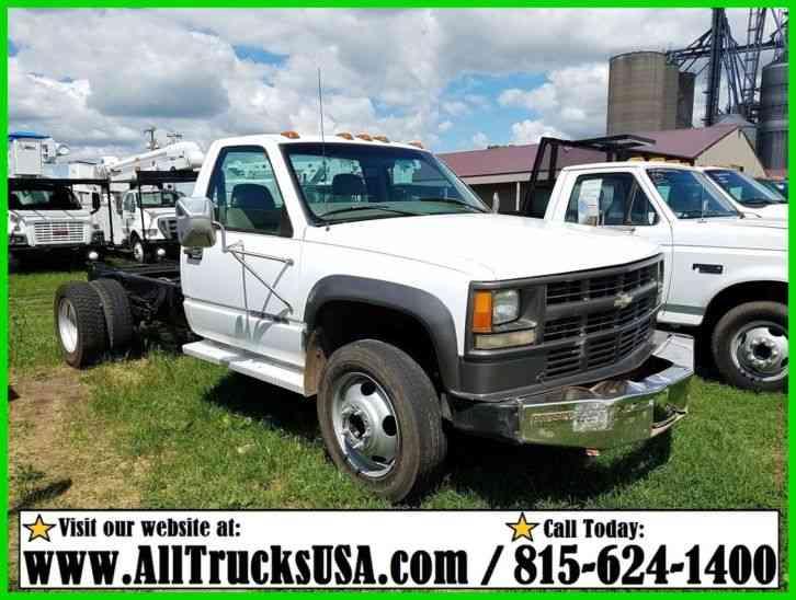 Chevrolet 3500 4X4 (2003) : Light Duty Trucks
