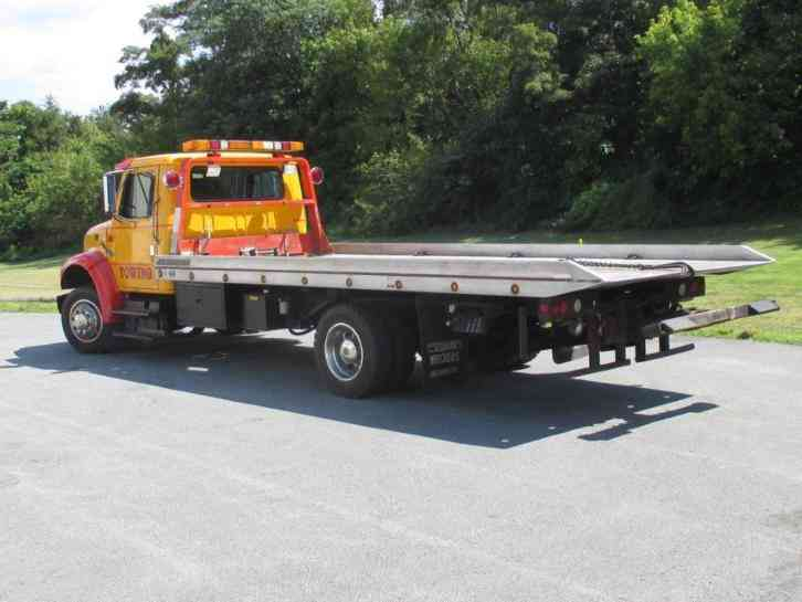 International 4700 Rollback Tow Truck 1997 Flatbeds