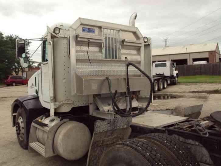 Peterbilt  1997    Daycab Semi Trucks