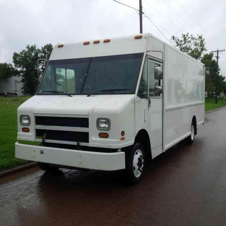 Freightliner Mt55 1998 Van Box Trucks