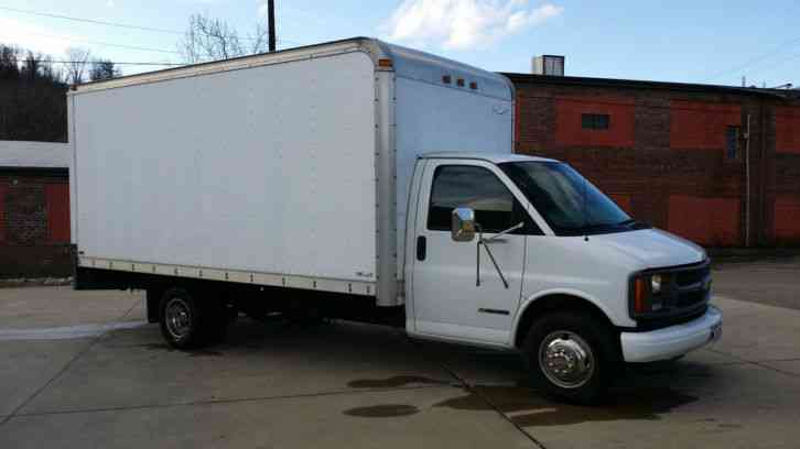 Chevrolet C3500  1999    Van    Box Trucks