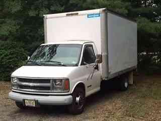 Chevrolet Express 3500 1999 Van Box Trucks