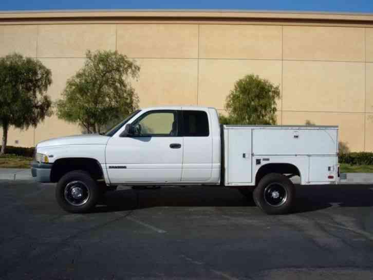 Dodge Ram 2500 Quad Cab 4x4 4WD V10 Gas (1999) : Utility / Service Trucks