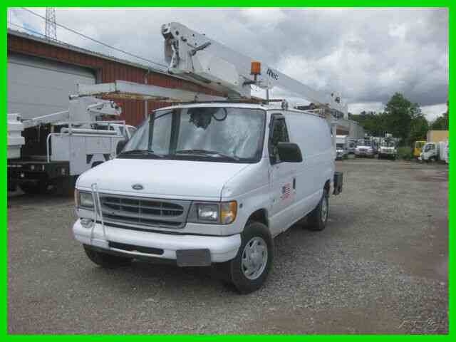 FORD E350 5. 4L GAS AUTO AC 34' REACH 'ALTEC' (1999)