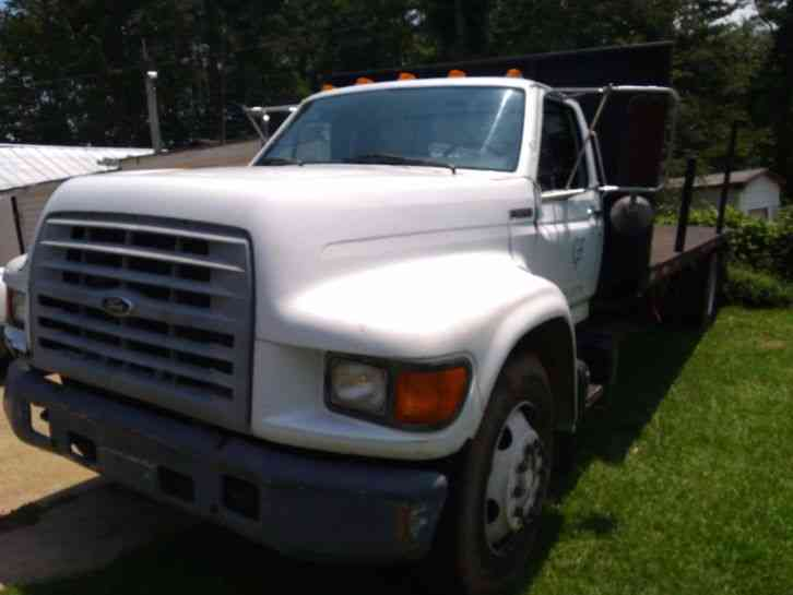 Ford F800 (1999)