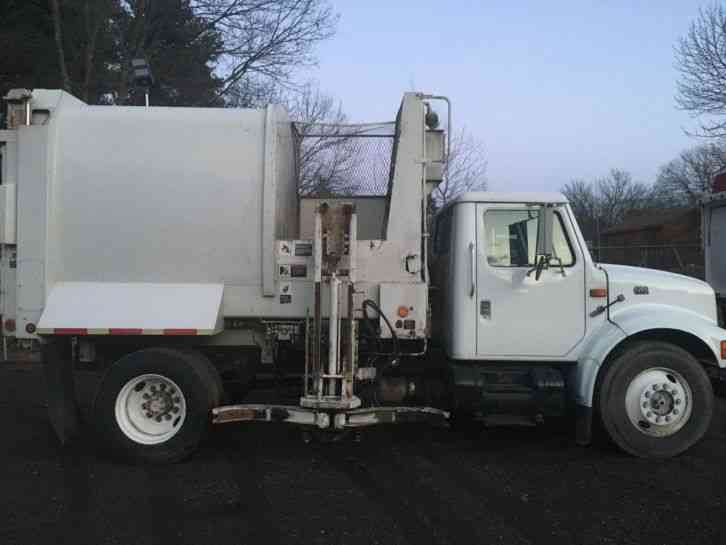 International 4000 Series 4700 1999 Heavy Duty Trucks