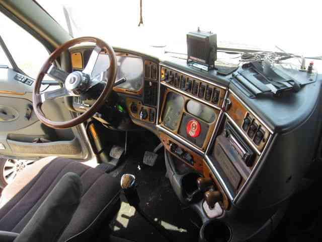 Used Box Trucks For Sale By Owner >> Kenworth T2000 (1999) : Sleeper Semi Trucks