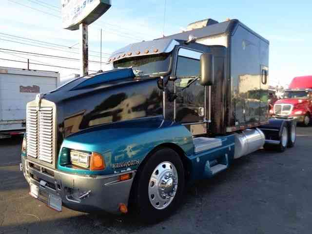 Kenworth T600 1999 Sleeper Semi Trucks