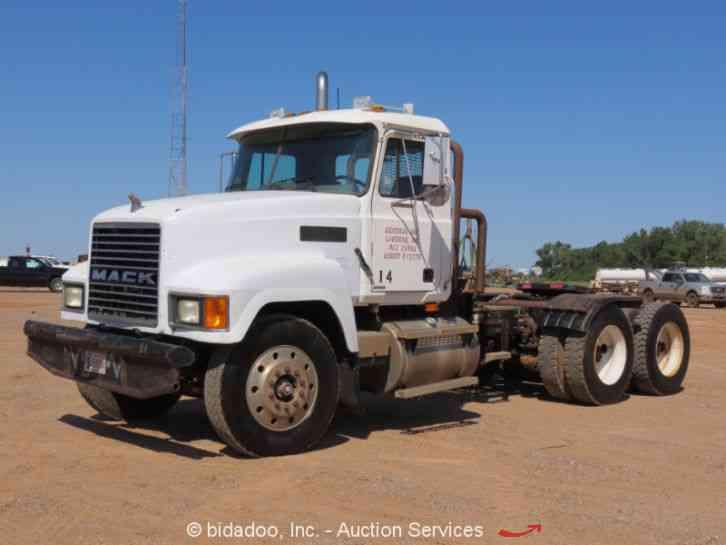 Semi Tractor Front Axle : Mack ch daycab semi trucks